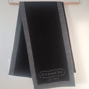 Coach monochrome warm scarf